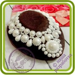 Колье жемчужное на подиуме 1 - 2D АВТОРСКАЯ силиконовая форма для мыла, свечей, шоколада и пр.