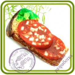 Бутерброд №3 (колбаса, салат, хлеб) - 3D Авторская силиконовая форма для мыла, свечей, шоколада, гипса и пр.