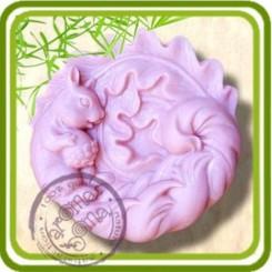 Белочка с жёлудем -  2D силиконовая форма для мыла, свечей, шоколада, гипса и пр.