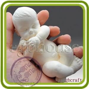 Малыш, младенец  спит с игрушкой (3 размера)  - 3D силиконовая форма для мыла, свечей, шоколада, гипса и пр.